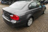 Thumbnail 4 van BMW 3-serie E90 320i