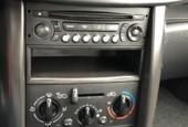 Peugeot 207 1.4-16V X-line   Metallic   5 DRS   Airco  
