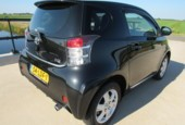 Toyota iQ 1.0 VVTi Black Edition, 4 zitplaatsen, airco,