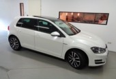 Volkswagen Golf 7 1.6 TDI CUP Edition DSG/ Camera/ Pano.Dak