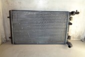 Radiateur Volkswagen Golf IV 1.6 ('97-'04) 1J0121253AD