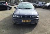 Thumbnail 1 van BMW 3-serie 323i Executive