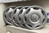 Wieldop set 15 Mercedes C-klasse W203 ('00-'07) A2034000025
