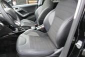 Peugeot 2008 1.2 PureTech Blue Lease Executive, pano dak, cruise
