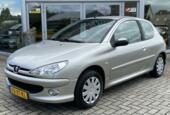 Peugeot 206 1.4 Forever l Nieuwe Koppeling l Airco| Elek pak