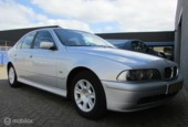 BMW 5-serie 520i Executive Youngtimer met Trekhaak