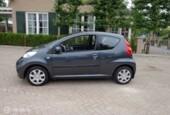 Peugeot 107 - 1.0-12V XS