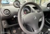 Peugeot 107 - 1.0 ACTIVE 1ste eigenaar zeer netjes