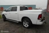 Dodge Ram 1500 4X4 5.7 V8 4x4 Crew Cab 5'7 SPORT 4X4