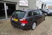 BMW 3-serie Touring 318i Business Line NAP/Navi/Nwe ketting!