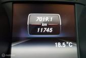 Mercedes GLA 180 Ambition, Schuif/Panodak, Leder, LED, Navi