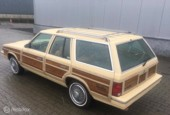 Chrysler Le Baron Town & Country Woody Stationwagon