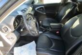 Toyota RAV4 2.2 D-CAT Executive airco cruise leer 220.000km