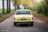 Rolls-Royce Corniche 2-door saloon in Chrome Yellow