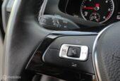 Volkswagen Transporter - 2.0 TDI L1H1 HIGHLINE 140PK 19 INCH FULL MAP Navi Trekh