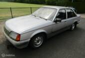 alle onderdelen Opel Rekord GL 2.2i 1985 met 5 bak