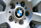 BMW origineel styling 151 met winterbanden 225-55-16
