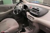 Onderdelen Nissan Almera Tino 1.8 2003