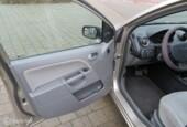 Ford Fiesta 1.4-16V Ghia Automat Airco