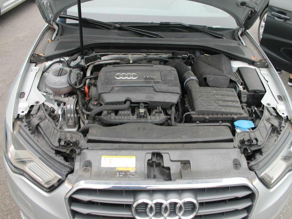 Audi a3 limousine 8v 1 4 tfsi cod ambition pro line plus for Audi interieur onderdelen