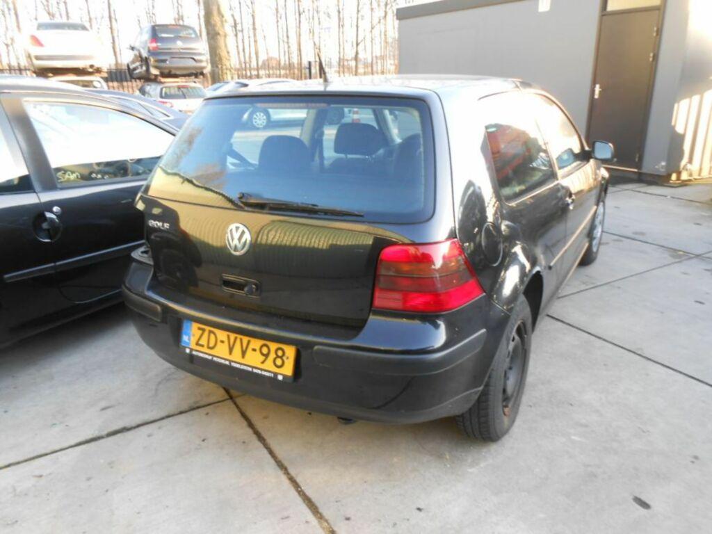 Afbeelding 3 van Volkswagen Golf IV 1.4-16V