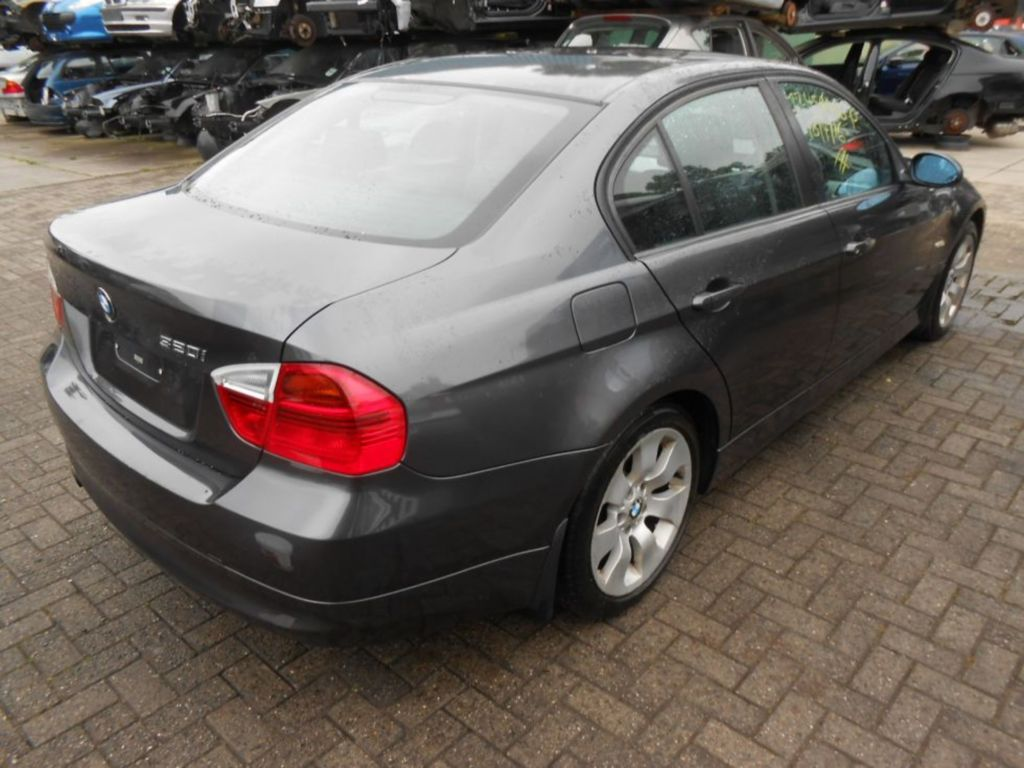 Afbeelding 4 van BMW 3-serie E90 320i