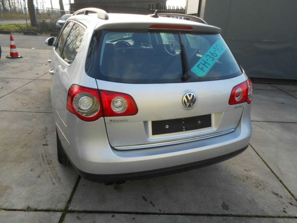 Afbeelding 4 van Volkswagen Passat B6 1.9 TDI Trendline