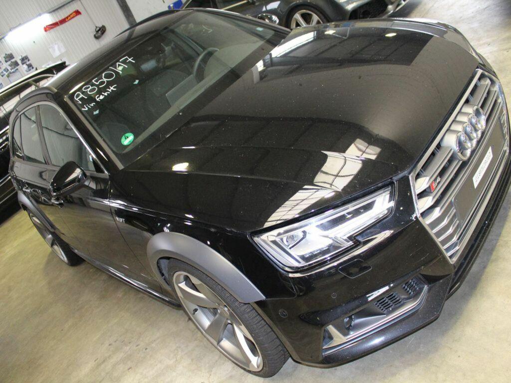 Audi a4 avant b9 3 0 tfsi s4 q pl gebruikte onderdelen for Audi interieur onderdelen