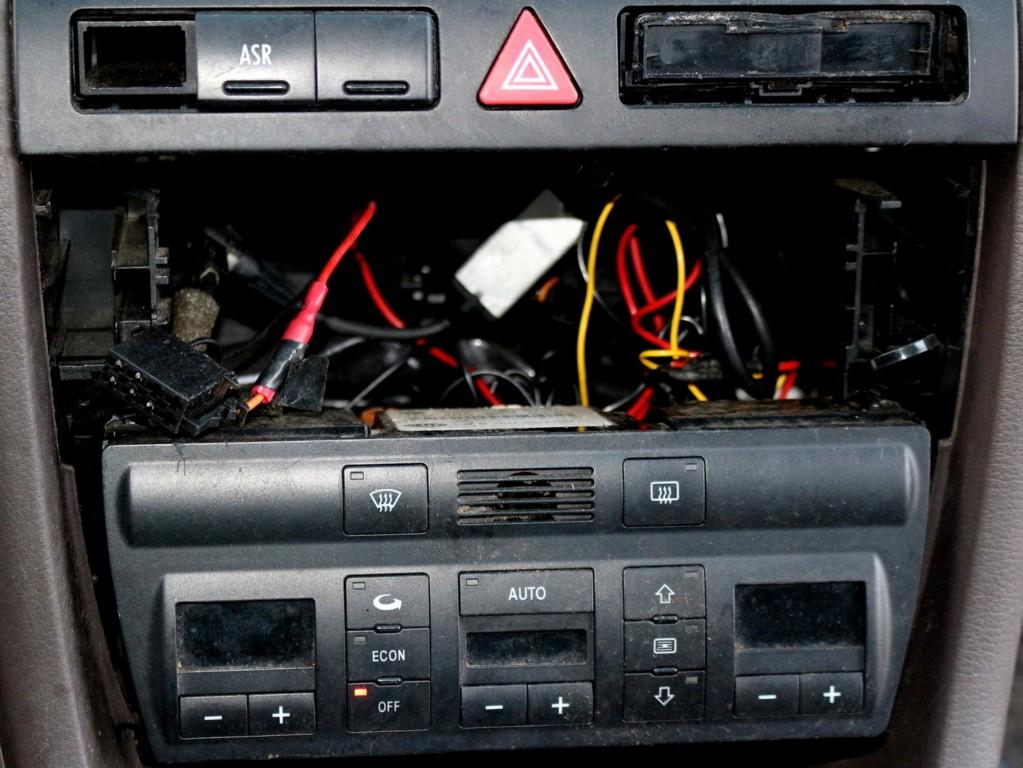 Afbeelding 23 van Audi A6 C5 2.8 5V Advance