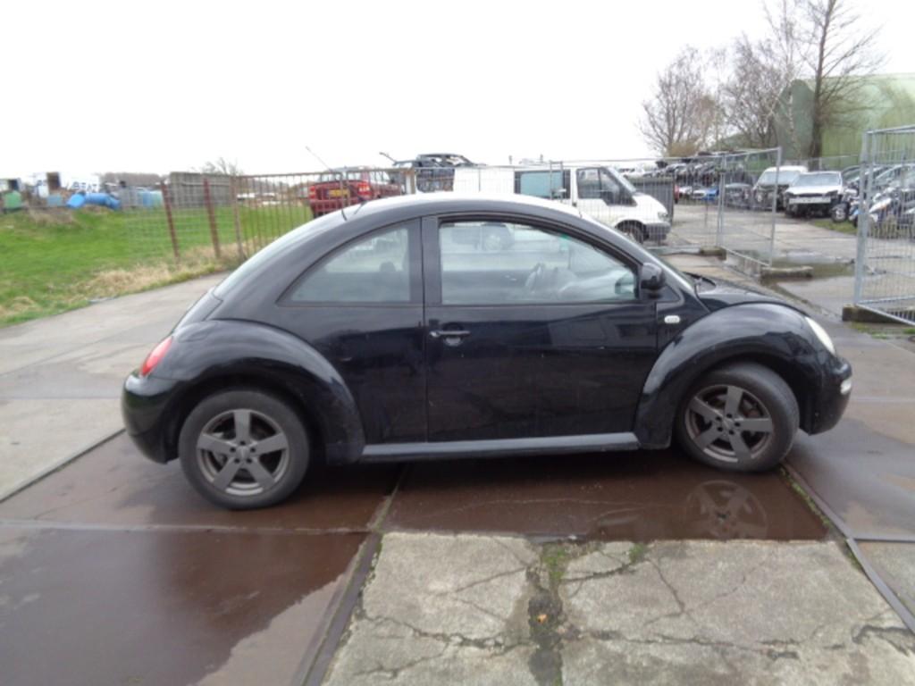 Afbeelding 2 van Volkswagen New Beetle 2.0 Highline
