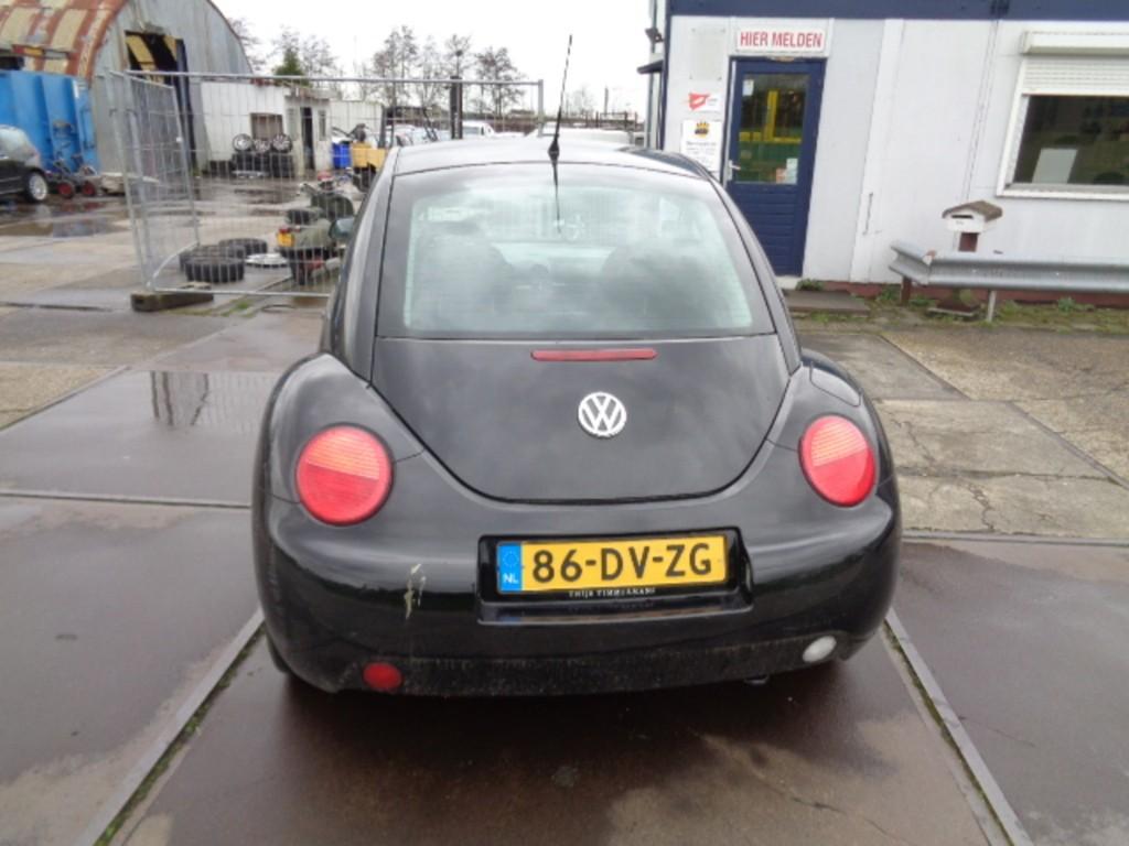 Afbeelding 4 van Volkswagen New Beetle 2.0 Highline