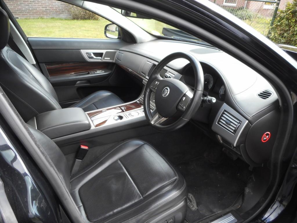 Afbeelding 36 van Jaguar XF 3.0D S V6 Premium Luxury