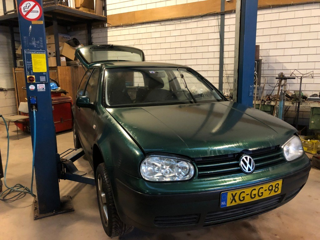 Afbeelding 2 van Volkswagen Golf 1.4-16V Trendline