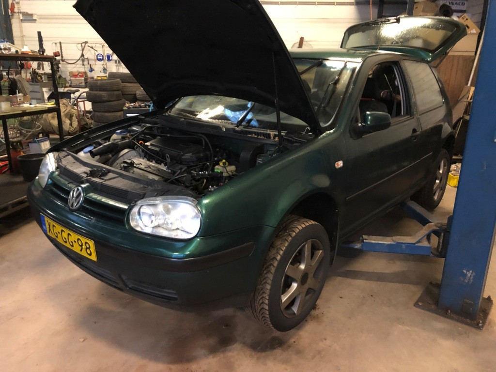 Afbeelding 1 van Volkswagen Golf 1.4-16V Trendline