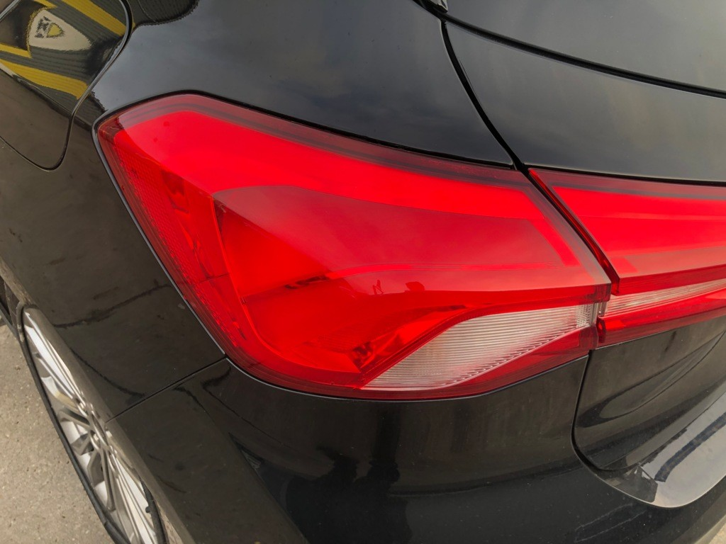 Afbeelding 21 van Ford Focus 1.5 EcoBlue Trend Edition