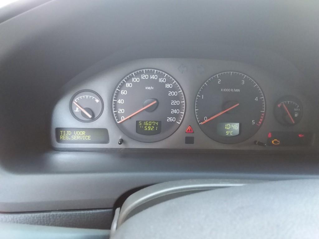 Afbeelding 30 van Volvo V70 2.4 D5