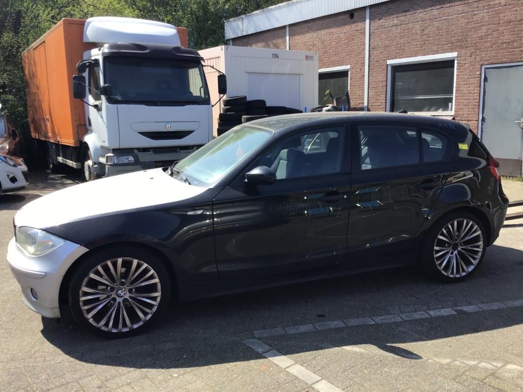 Afbeelding 5 van BMW 1-serie 118d High Executive
