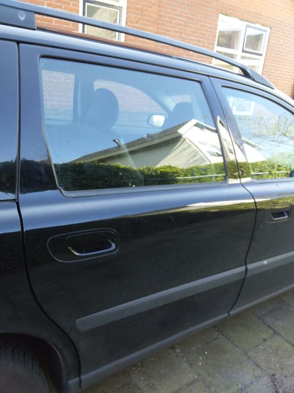 Afbeelding 16 van Volvo V70 2.4 D5