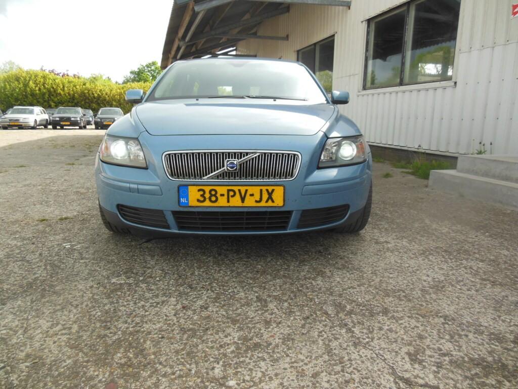 Afbeelding 2 van Volvo V50 2.0D Kinetic