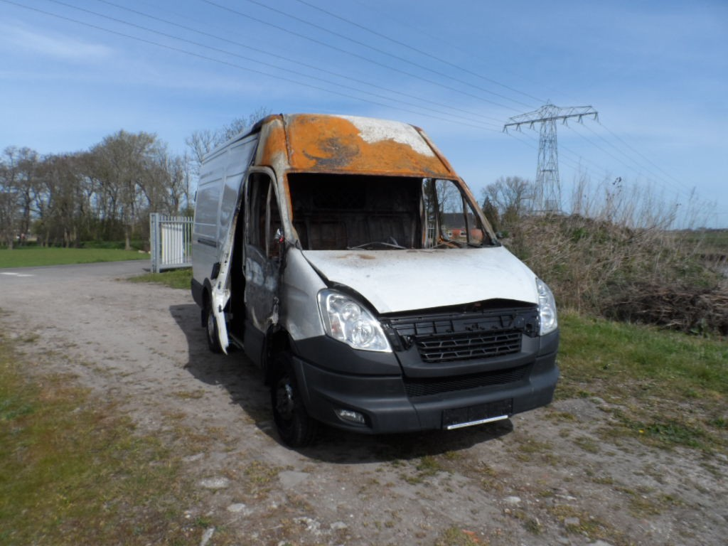 Afbeelding 2 van Iveco Daily 35 S 15V 330 H2
