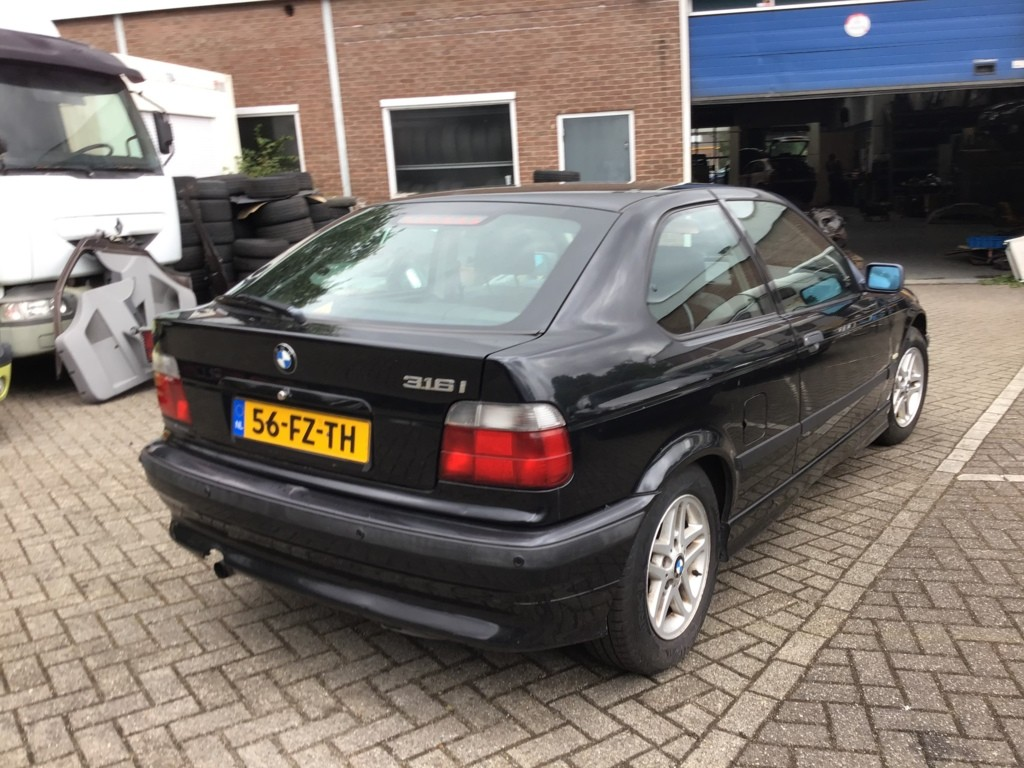 Afbeelding 9 van BMW 3-serie Compact 316i