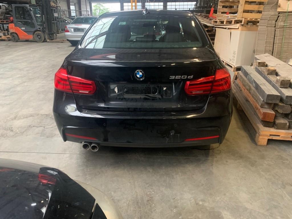 Afbeelding 6 van BMW 3-serie 320d Edition M Sport Shadow High Executive