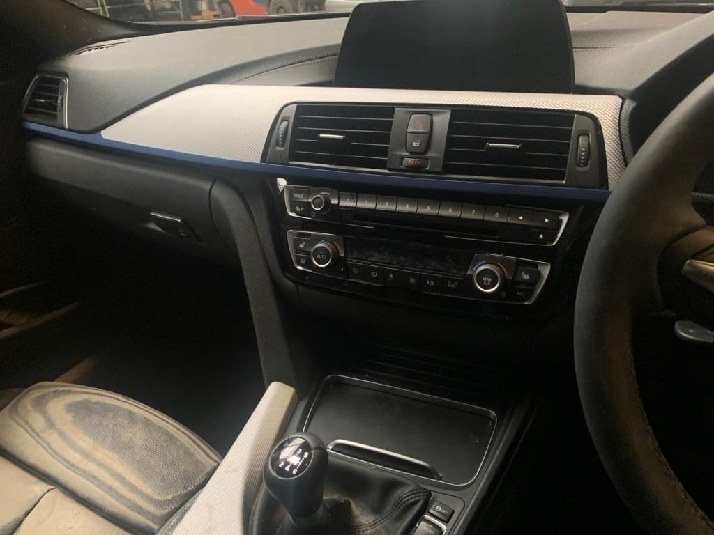 Afbeelding 9 van BMW 3-serie 320d Edition M Sport Shadow High Executive