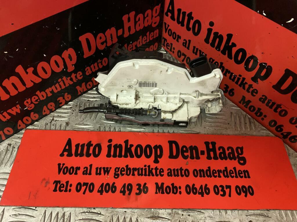 Afbeelding 1 van Seat Ibiza - Fabia ('08-'17) Deurslotmechaniek Linksvoor