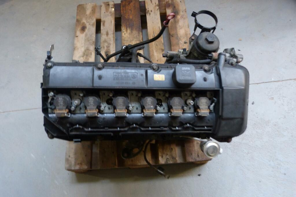 Afbeelding 2 van MotorblokBMW m54 226s1 2.2 liter e39 e46 e60