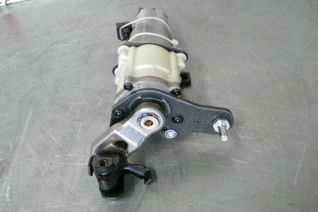 Afbeelding 4 van Achterklepmotor Rechts 4G9827852B Audi A6 Avant C7 (11-18)