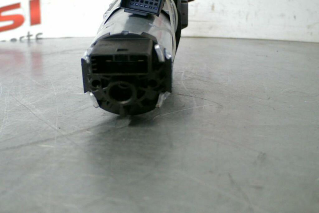 Afbeelding 5 van Achterklepmotor Rechts 4G9827852B Audi A6 Avant C7 (11-18)