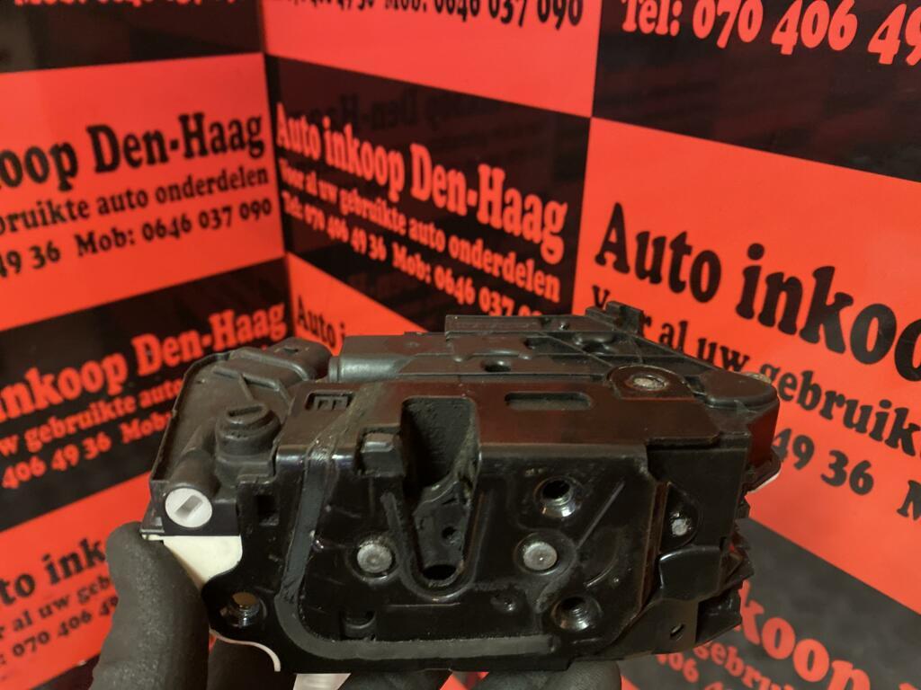 Afbeelding 2 van Seat Ibiza 6J ('08-'17) Elec.Deurslotmechaniek Linksachter