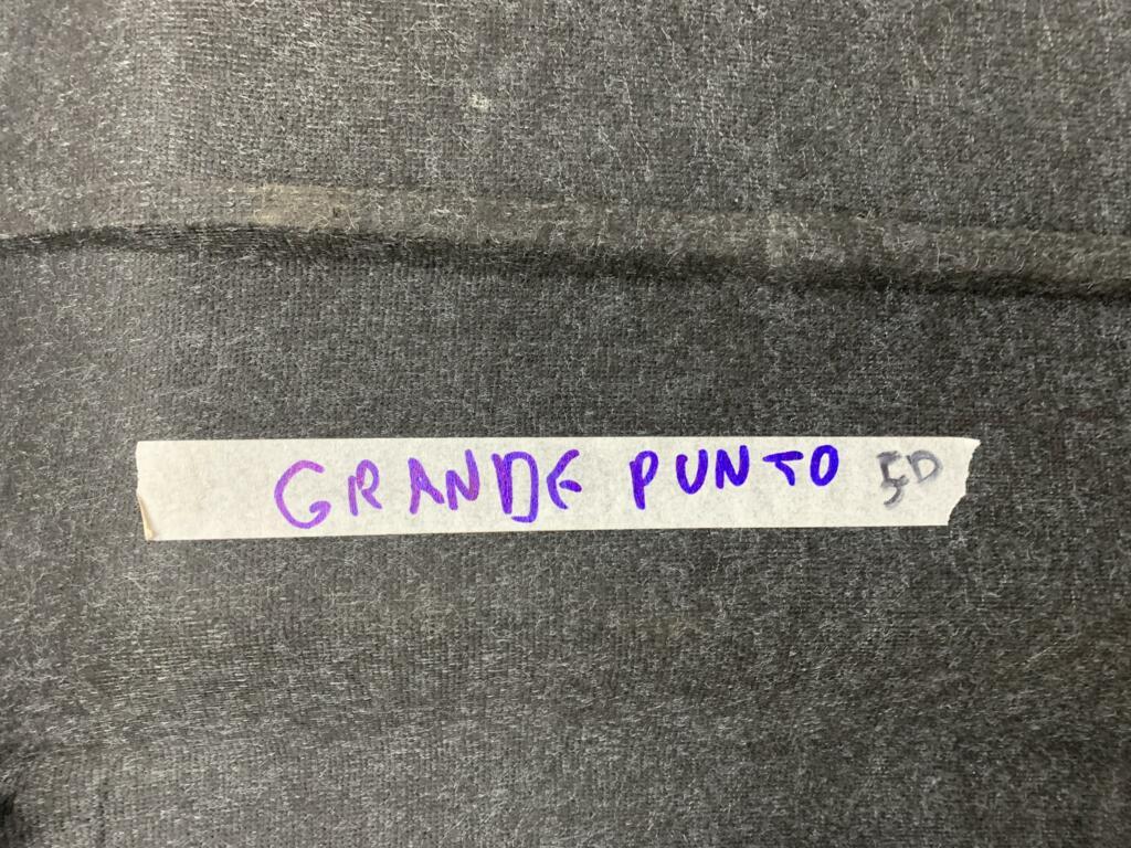 Afbeelding 5 van Hoedenplank Fiat Grande Punto ('05-'11)5-deurs