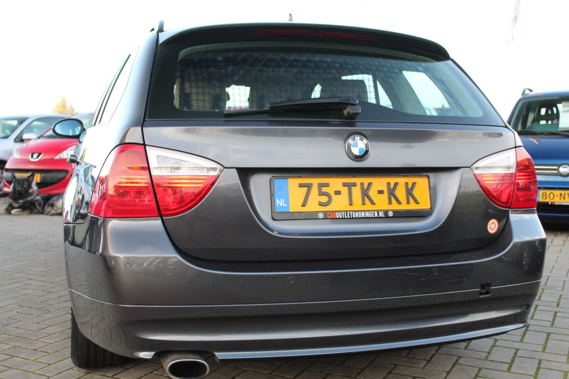 Caroutlet Groningen - BMW 3-serie Touring 320i Business Line | LEER | CRUISE